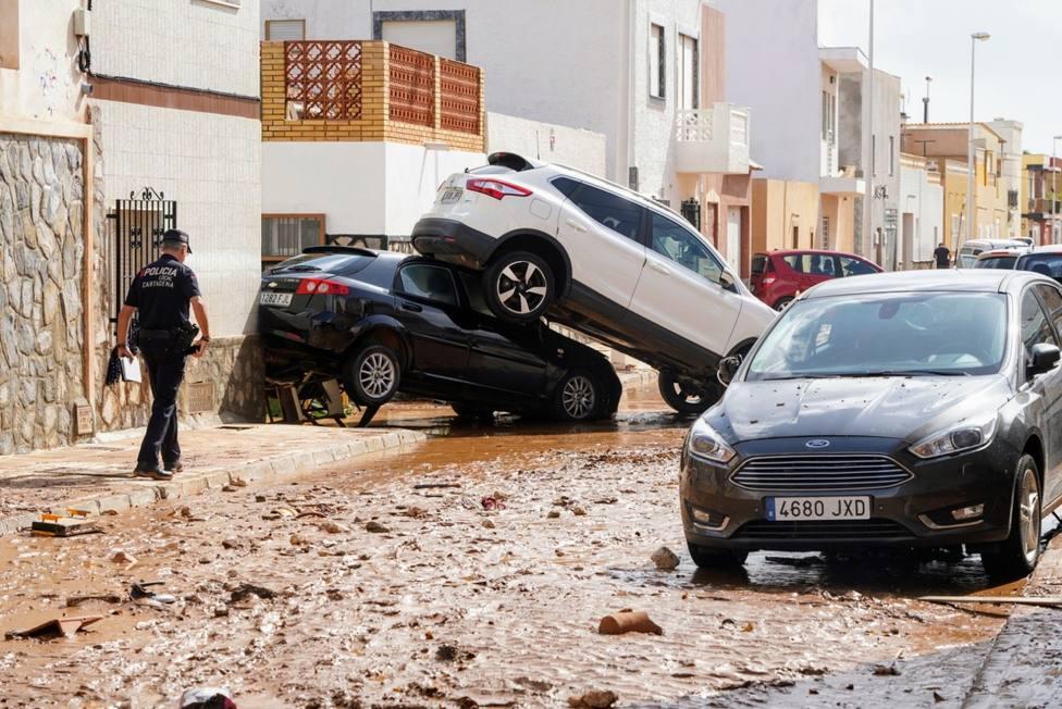 Emergencias rescató a 50 personas en sus coches y casas en el municipio de Cartagena
