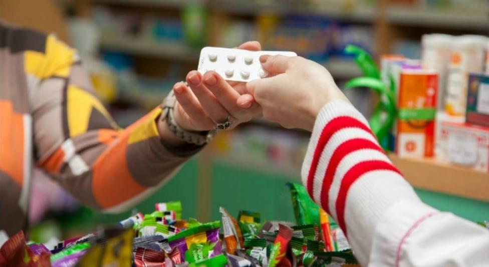 UGT critica que el precio de nuevos medicamentos está muy por encima de los costes de investigación