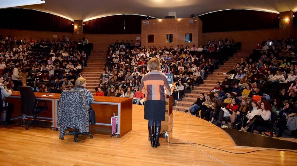 Estudiantes de Bachillerato y Ciclos Formativos Superiores visitan UCLM