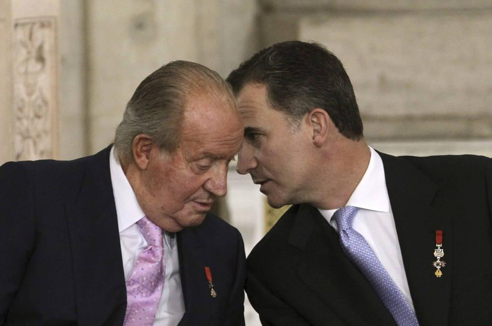 Así fue la reunión de Don Juan Carlos con Felipe VI antes de dejar España: Para que estés tranquilo, me voy