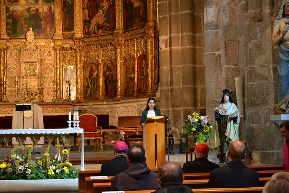 La Iglesia celebra el 50 aniversario de la proclamación de la primera mujer como Doctora de la Iglesia