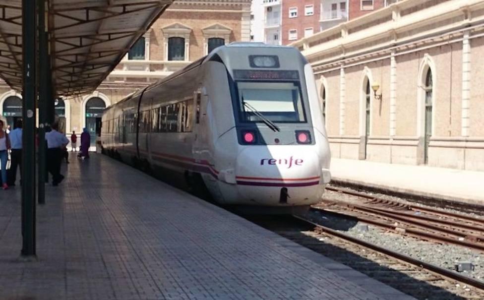 Bernabé denuncia que el Gobierno no traerá el AVE a Cartagena hasta el 2027
