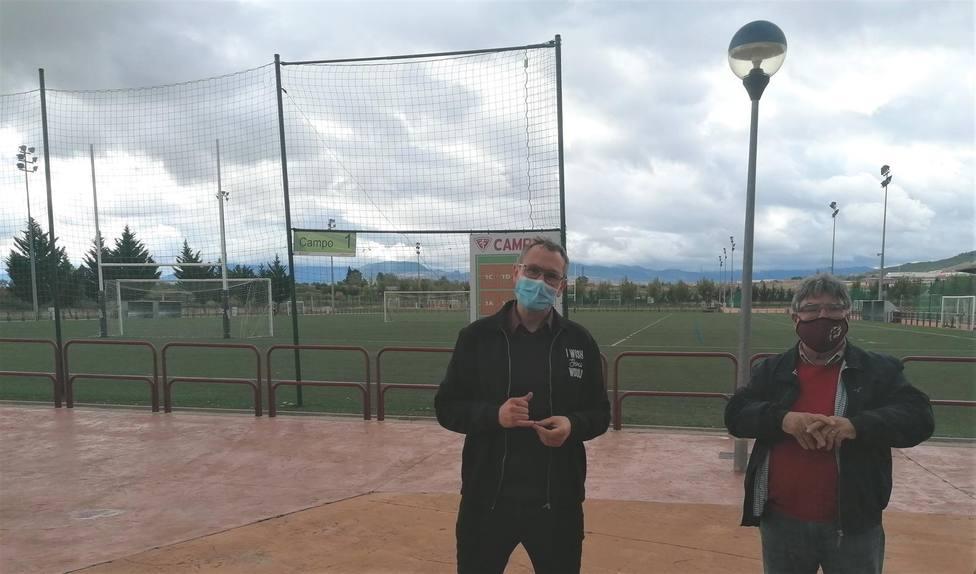 El fútbol vuelve poco a poco a Pradoviejo de Logroño aunque todavía sin público y sin vestuarios