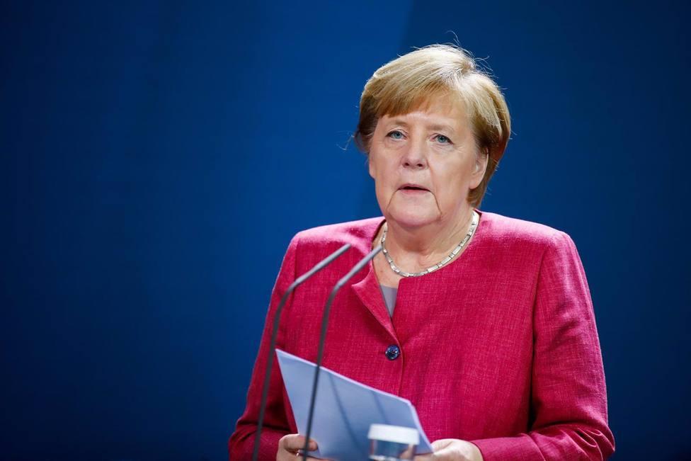 Merkel califica como seria la ola de coronavirus en Europa