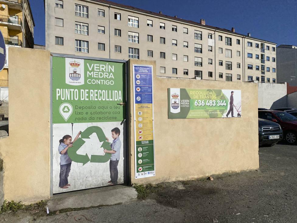 Los dieciséis puntos limpios de Verín lucen paneles informativos sobre el reciclaje