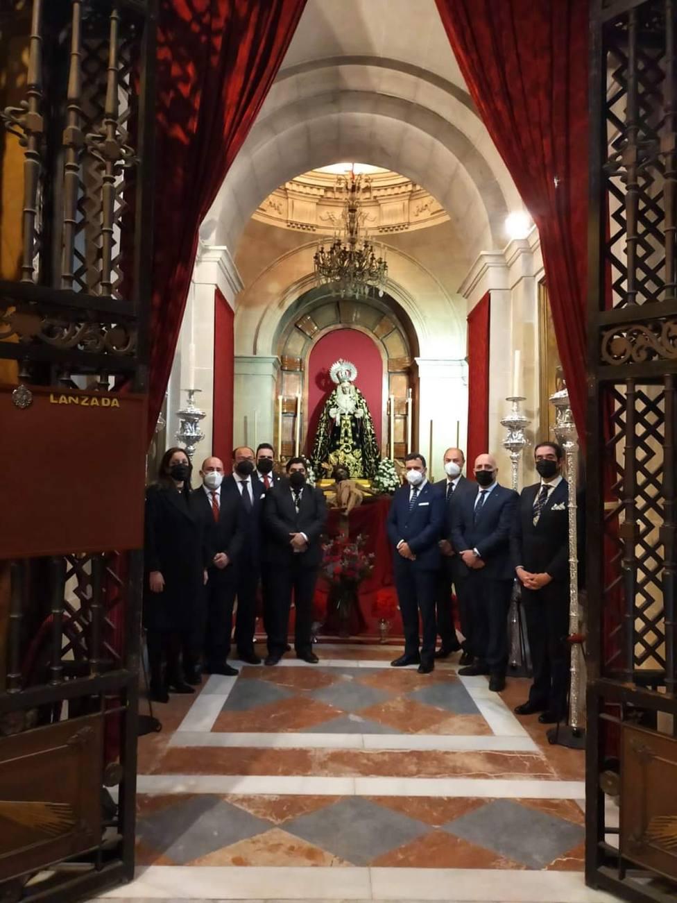 El toque de queda estrechó fraternalmente el Jueves Santo y la Noche de Jesús