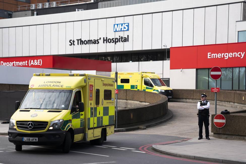 Reino Unido notifica 2.445 nuevos positivos y 22 fallecidos desde ayer