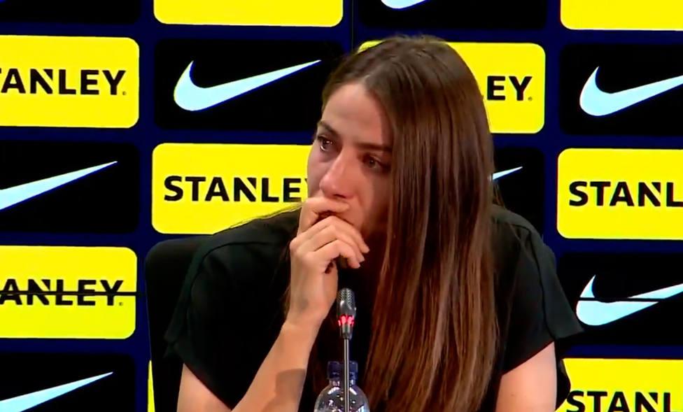 Vicky Losada se despide emocionada del Barcelona