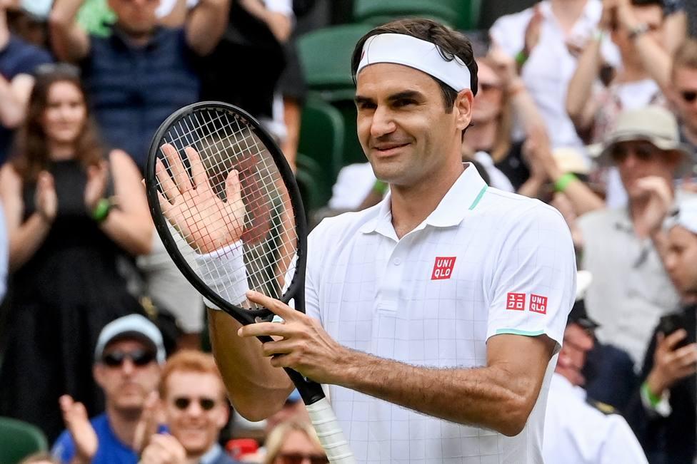 Federer en un partido de Wimbledon (EFE)