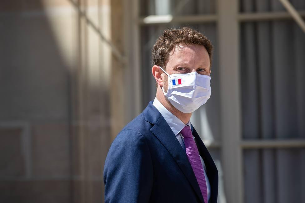Francia no descarta la posibilidad de imponer toques de queda focalizados ante el repunte de la pandemia