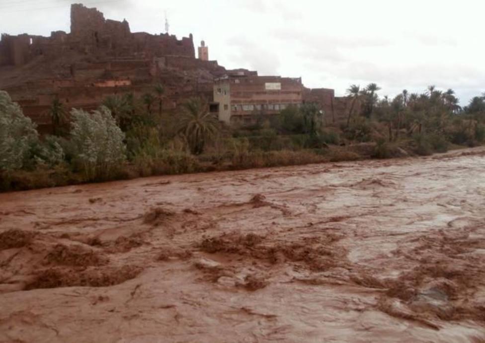 Once muertos en Marruecos tras desbordarse un río y arrastrar a un autobús