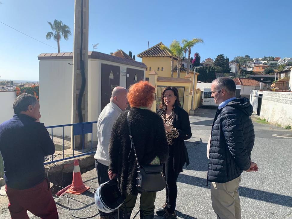 Mejoras en la iluminación de la calle Camino Barranco de Aluñécar