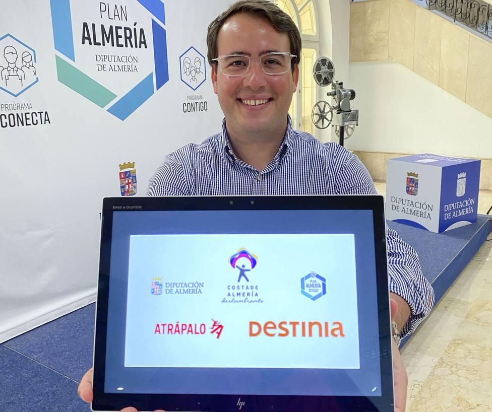 Diputación se alía con Destinia y Atrápalo para acercar 'Costa de Almería' a sus 9 millones de usuarios