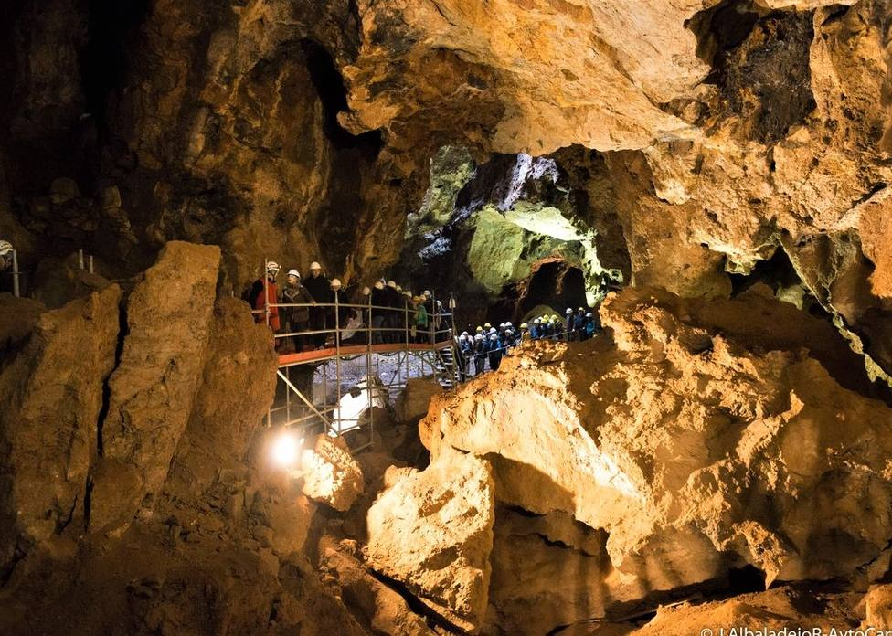 Comienza el trámite para incluir la Cueva Victoria en los itinerarios turísticos de Cartagena