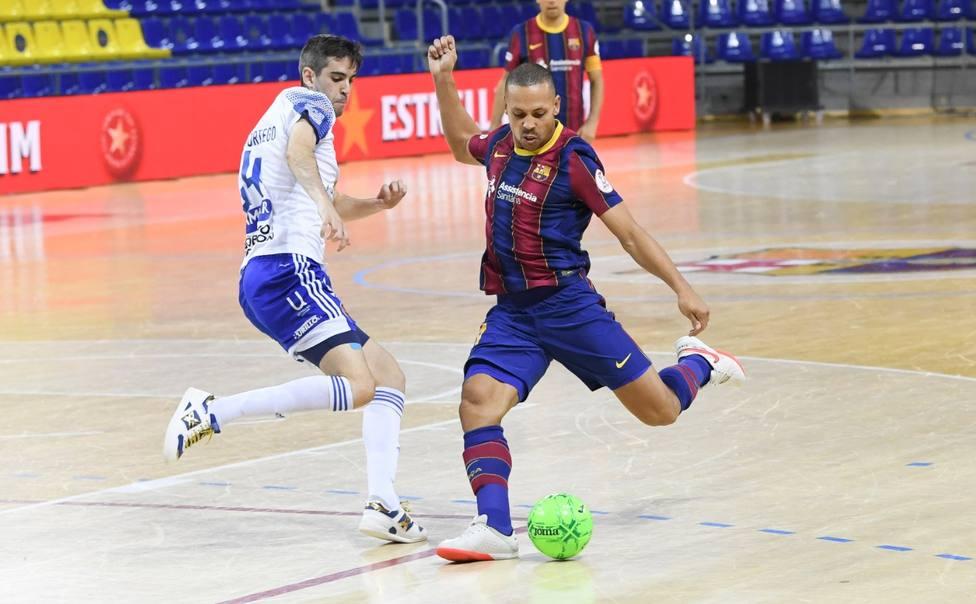 El Barça sigue de resaca y empata en Zaragoza