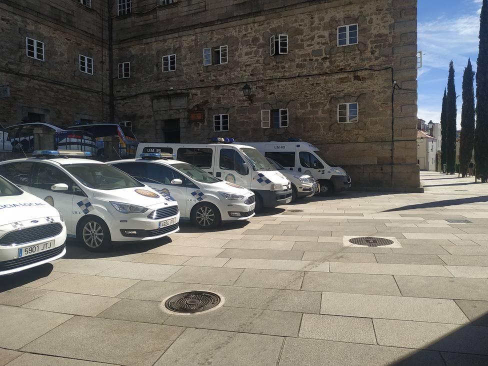 Vehículos de la Policía Local de Santiago