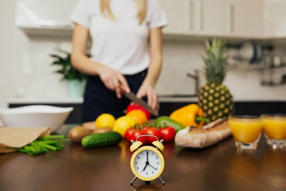 El horario de comidas es clave para una mantener una dieta saludable