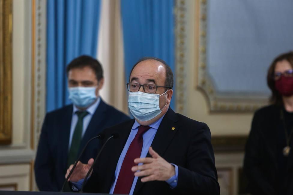 Iceta sale en defensa de la Generalitat en el lío por las vacunaciones de los policias