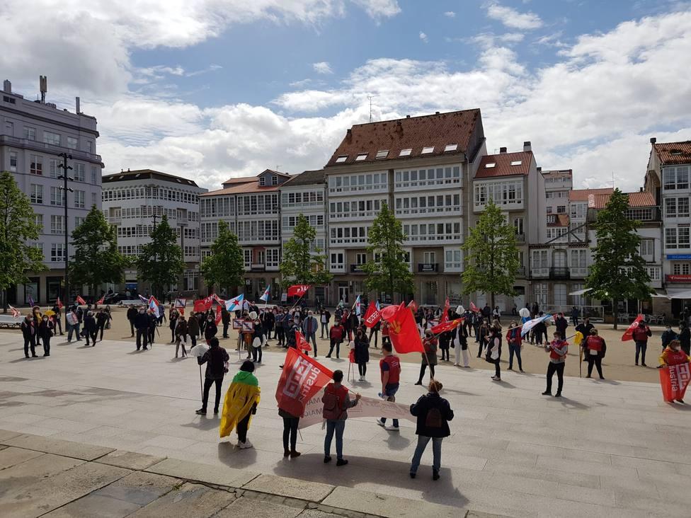 Concentración en la plaza de Armas de Ferrol de los manifestantes