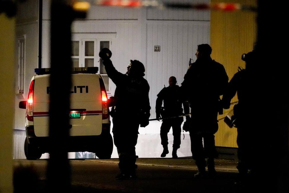 Un hombre armado con arco y flechas causa varios muertos y heridos en Noruega