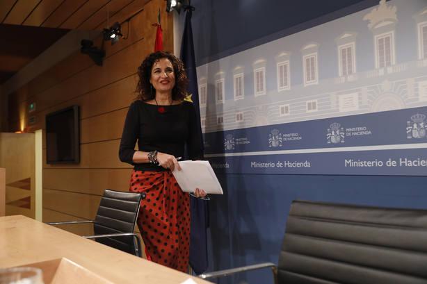 Economía-(AMP) Las madres y padres con hijos nacidos en 2014 y 2015 podrán pedir desde esta tarde la devolución del IRPF