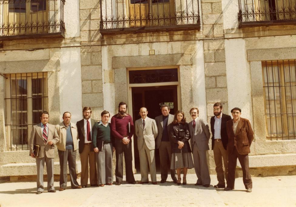 Imagen de la primera Corporación Municipal de la Democracia