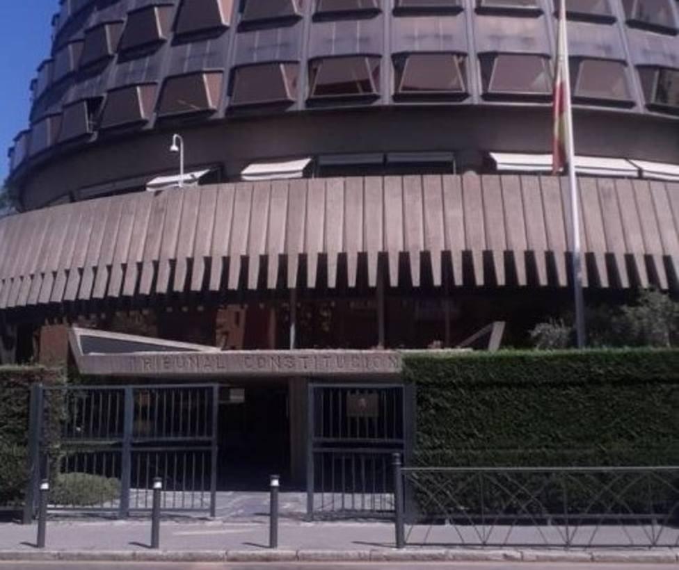 El Tribunal Constitucional adjudica a Vodafone el servicio de telefonía y a Naturgy el suministro eléctrico
