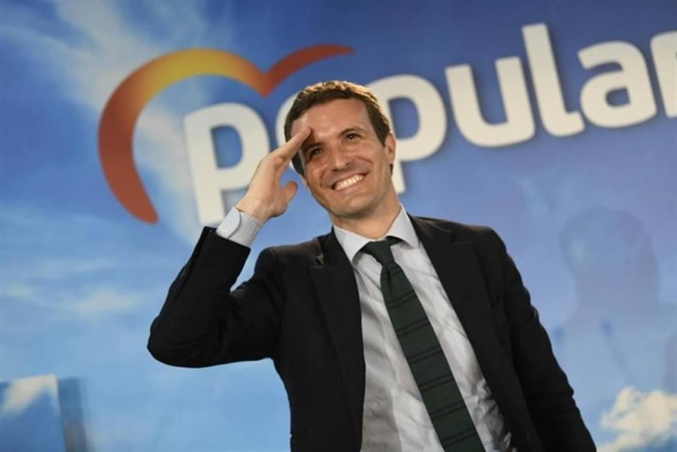 Casado utilizará su poder territorial como ariete contra Pedro Sánchez
