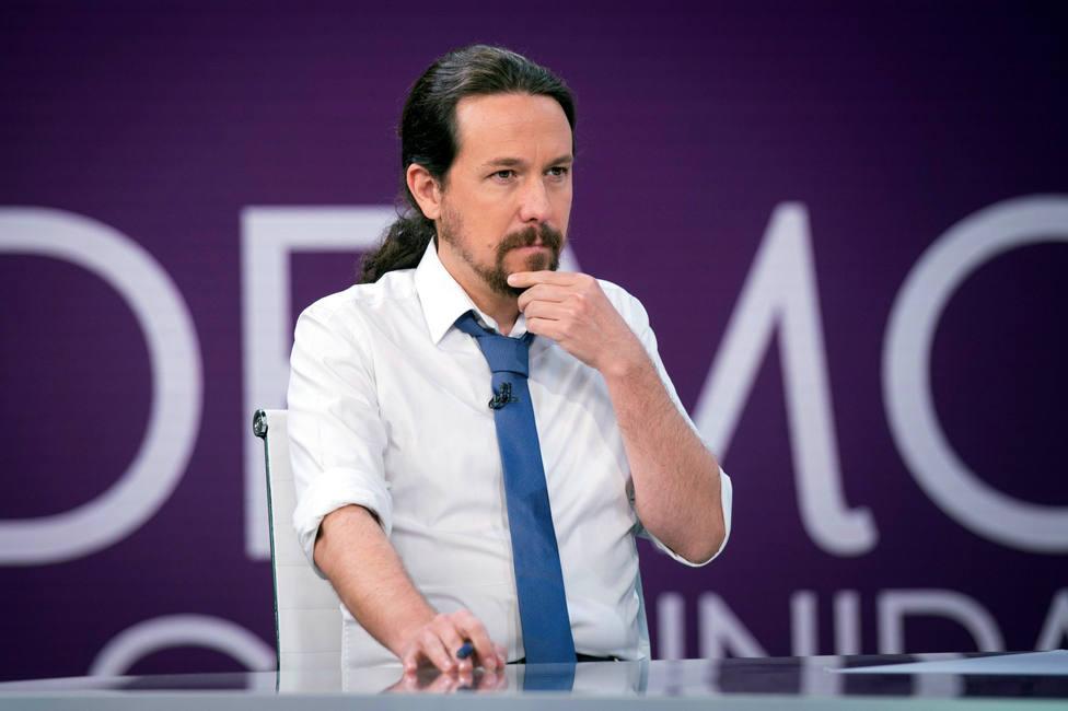 "Iglesias avisa a Sánchez de que sería un error hacer caso a ""quien le enseña encuestas estupendas"""