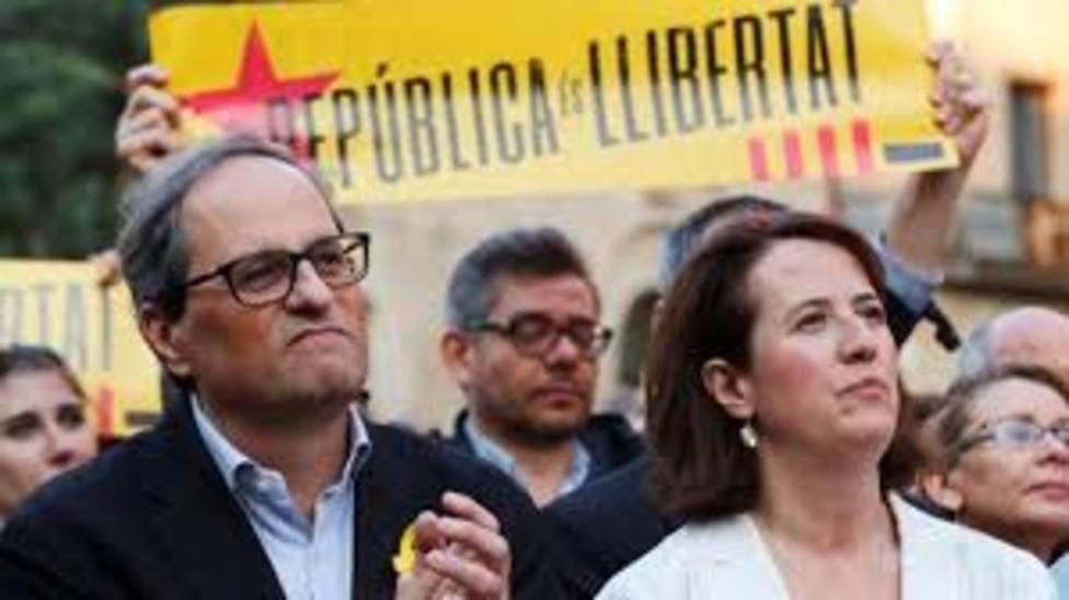 Elisenda Paluzie presidenta de la Asamblea Nacional Catalana, junto a Torra