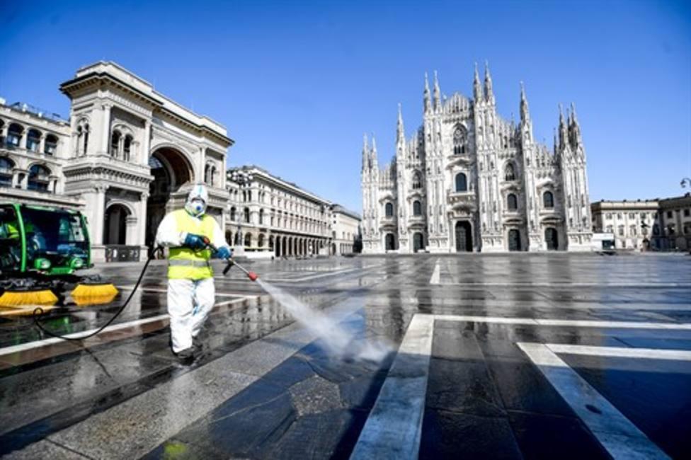 Italia suma 800 muertos más y 2.000 nuevos casos pero los contagios se ralentizan