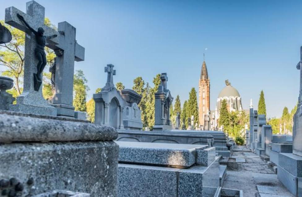 El relato de una joven en el cementerio de La Almudena que ha emocionado las redes sociales