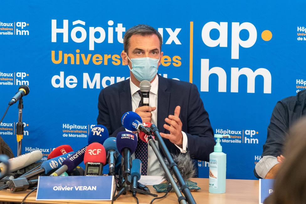 Registran la casa del ministro de Sanidad francés en una investigación sobre la mala gestión de la pandemia