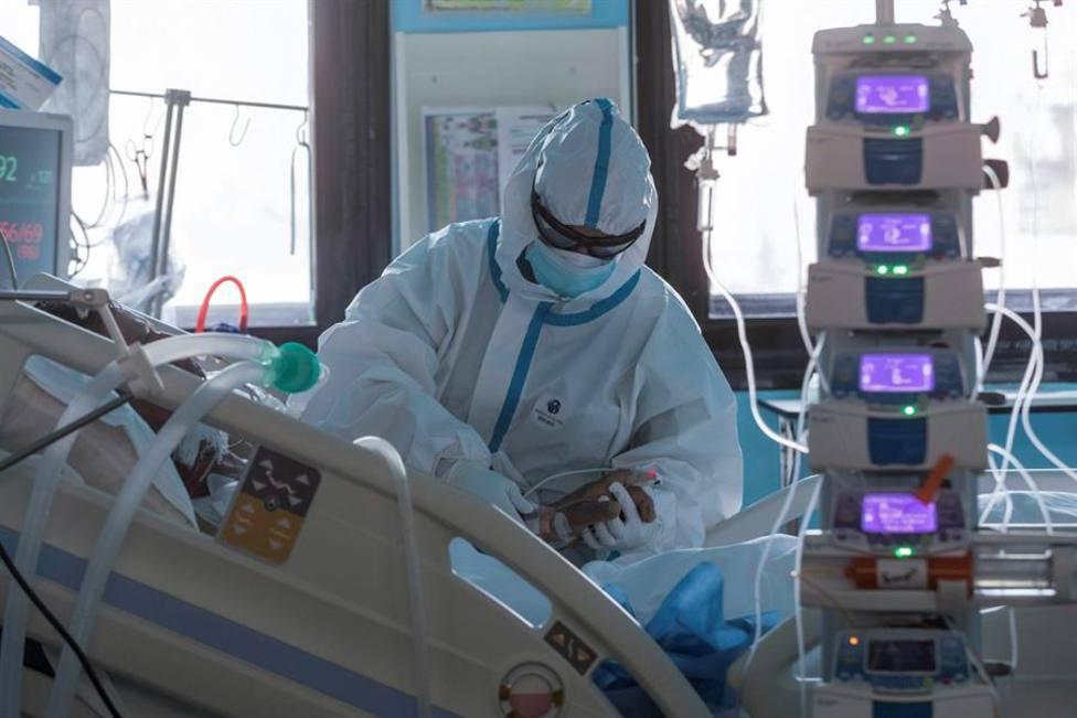 La primera oleada del coronavirus generó una sensación de pérdida de control en las UCI