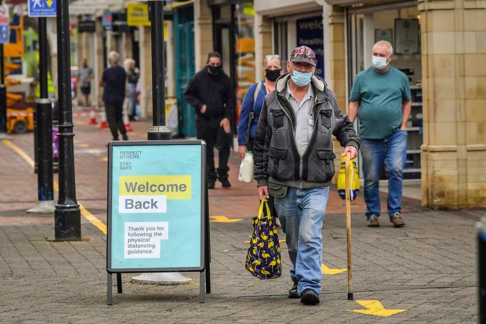 Reino Unido avanza hacia los 945.000 contagios de coronavirus tras confirmar más de 24.000 en el último día