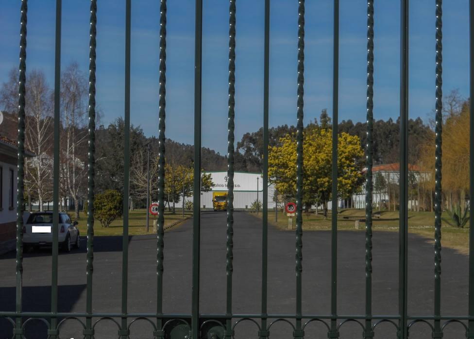 Foto de archivo del acceso al interior de la empresa Galicia Textil - FOTO: Cedida