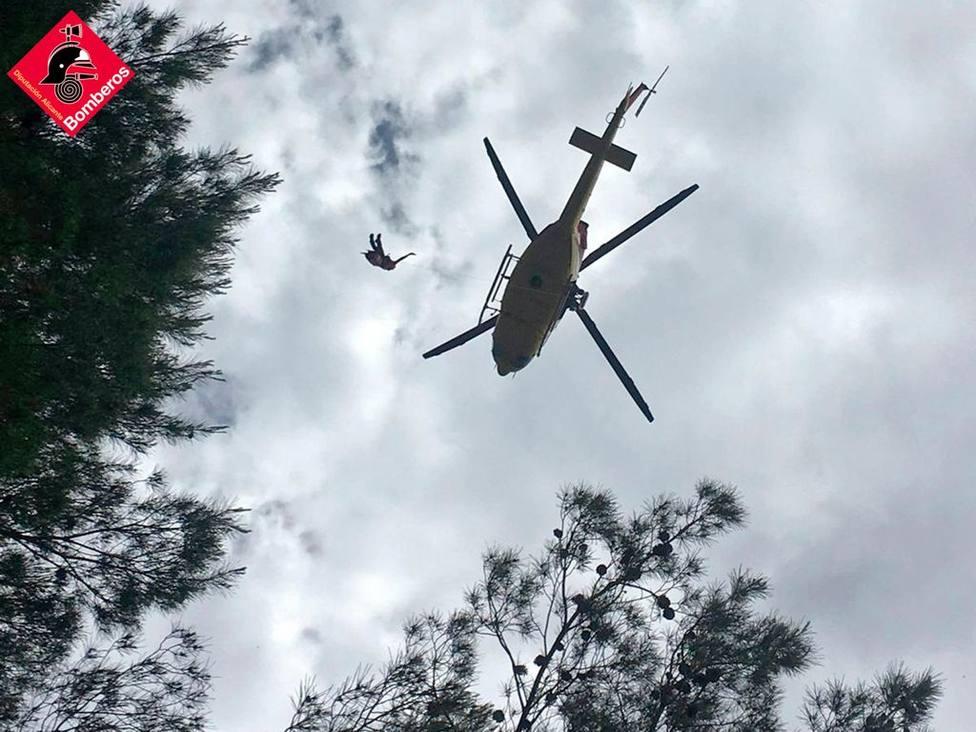Rescatan a una senderista tras lesionarse el tobillo en la Sierra de Olta