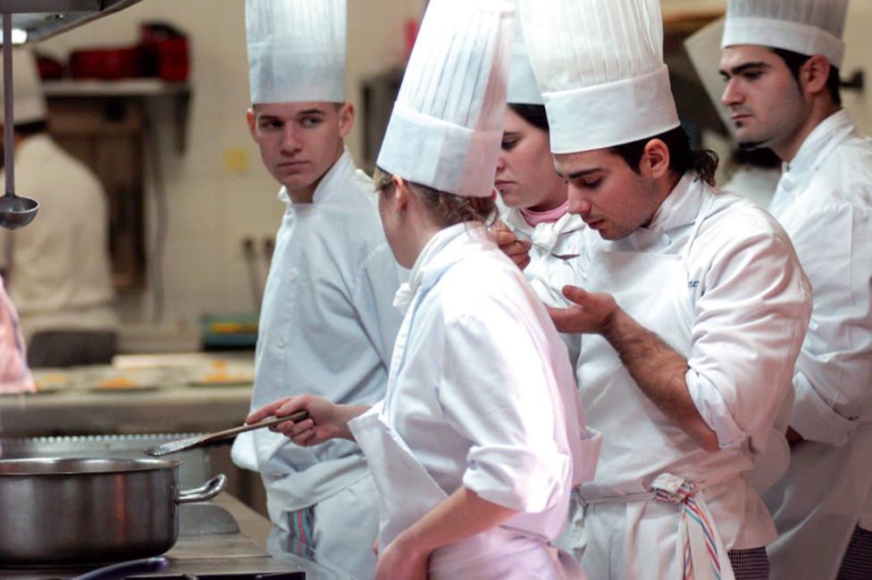 ctv-3cq-escuela-municipal-de-cocina-de-plasencia