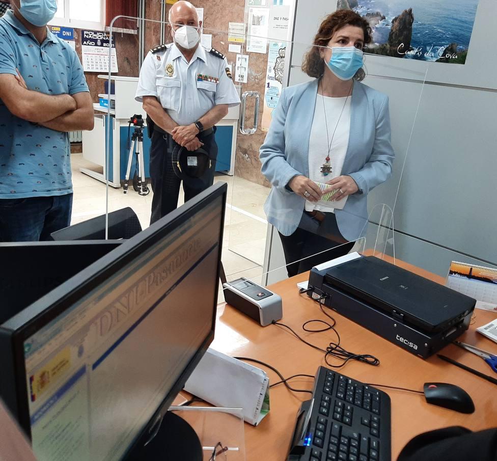 María Rivas visitó la Comisaría de Policía de Ferrol Narón. FOTO: Delegación Gobierno