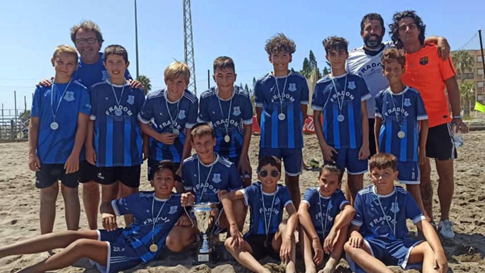 Puerto, Asako, Monachil, Reino Granada y Cúllar Vega, campeones de la Copas Provinciales de fútbol playa