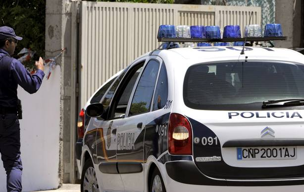 Detenido en Murcia por retener a su mujer y a su hija durante meses en casa