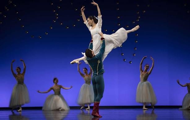La Compañía Nacional de Danza se atreve con 'El Cascanueces, una versión cargada de magia