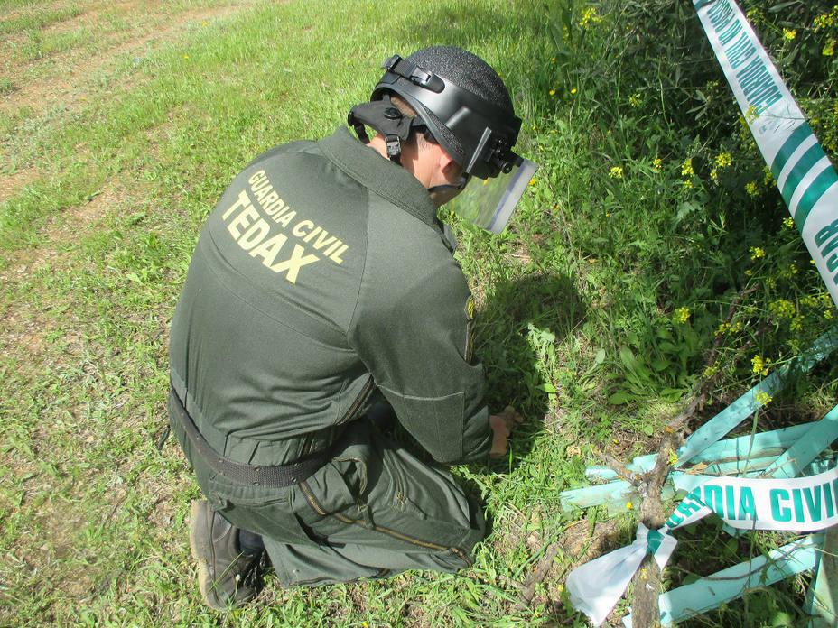 Desactivación de explosivos de la Guardia Civil