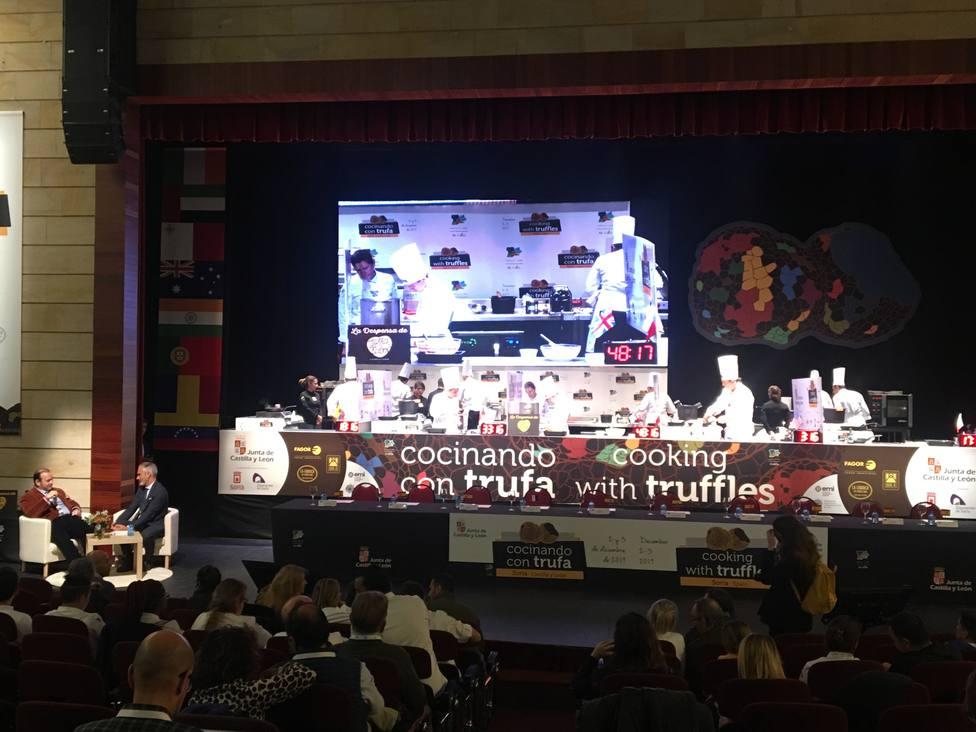 Inauguración de la segunda edición del certamen Cocinando con trufa que se celebra hoy y mañana en Soria