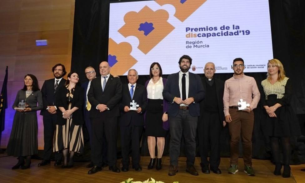 López Miras: Trabajamos para hacer una región más accesible a las personas con discapacidad
