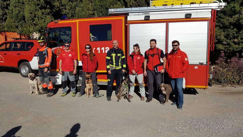 La Unidad Canina de bomberos localiza con vida a una mujer de 70 años desaparecida en Alicante (Ayuntamiento)