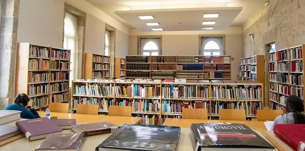 Biblioteca de Tui