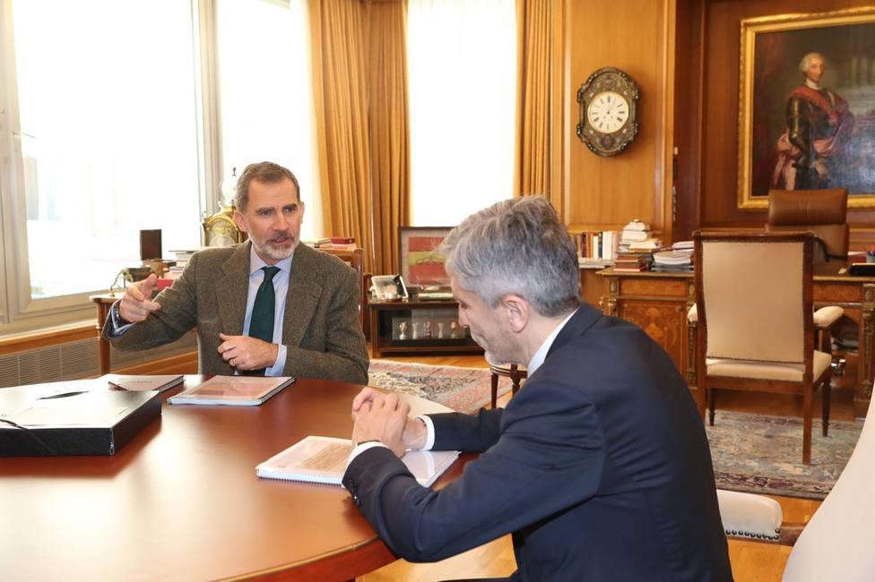 El Rey se reúne con Marlaska, miembro del comité de gestión