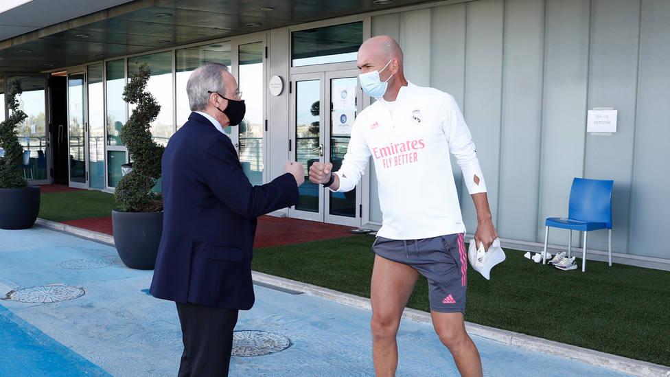 El Real Madrid termina su semana de entrenamientos con la visita de Florentino Pérez