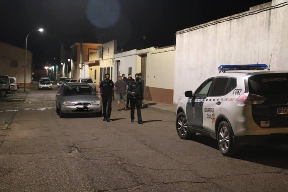 Fallece un hombre por arma blanca en Navalvillar de Pela